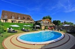hotel de charme 2 étoiles dordogne piscine