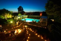 hotel piscine couverte dordogne